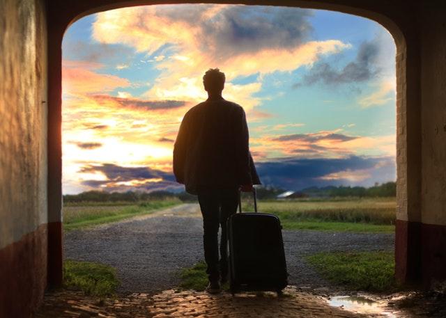 bliv ferieklar med en kuffert